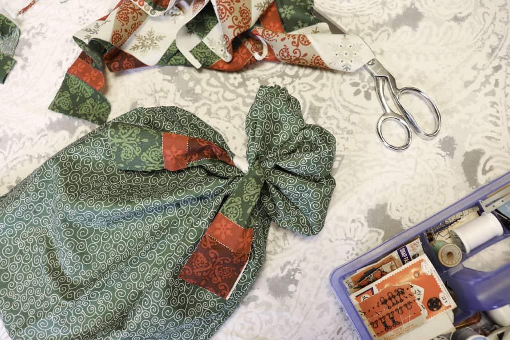 Reusable gift bag for Christmas gifts