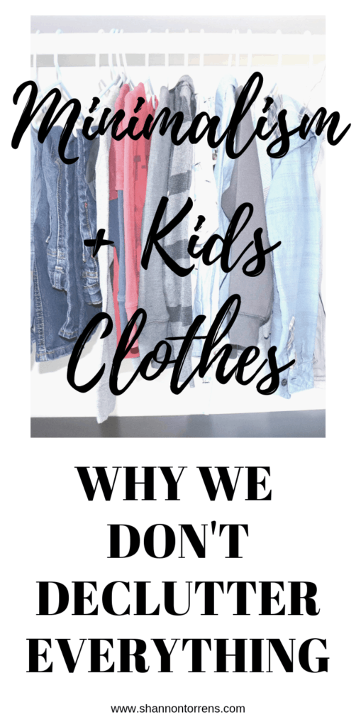 decluttering minimalism simple living second hand clothes
