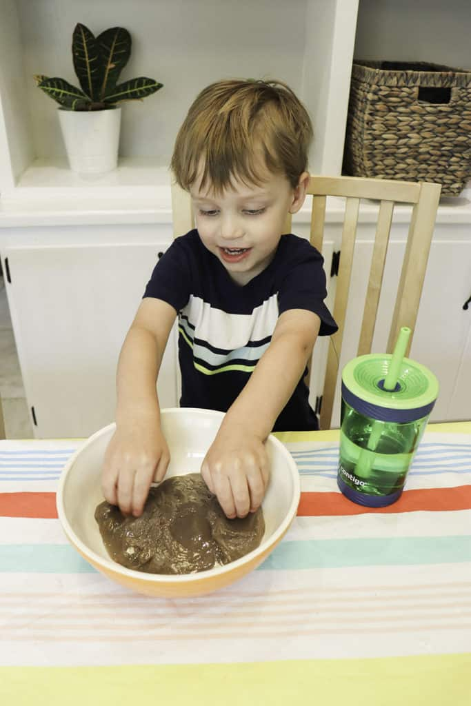 How to make slime with essential oils