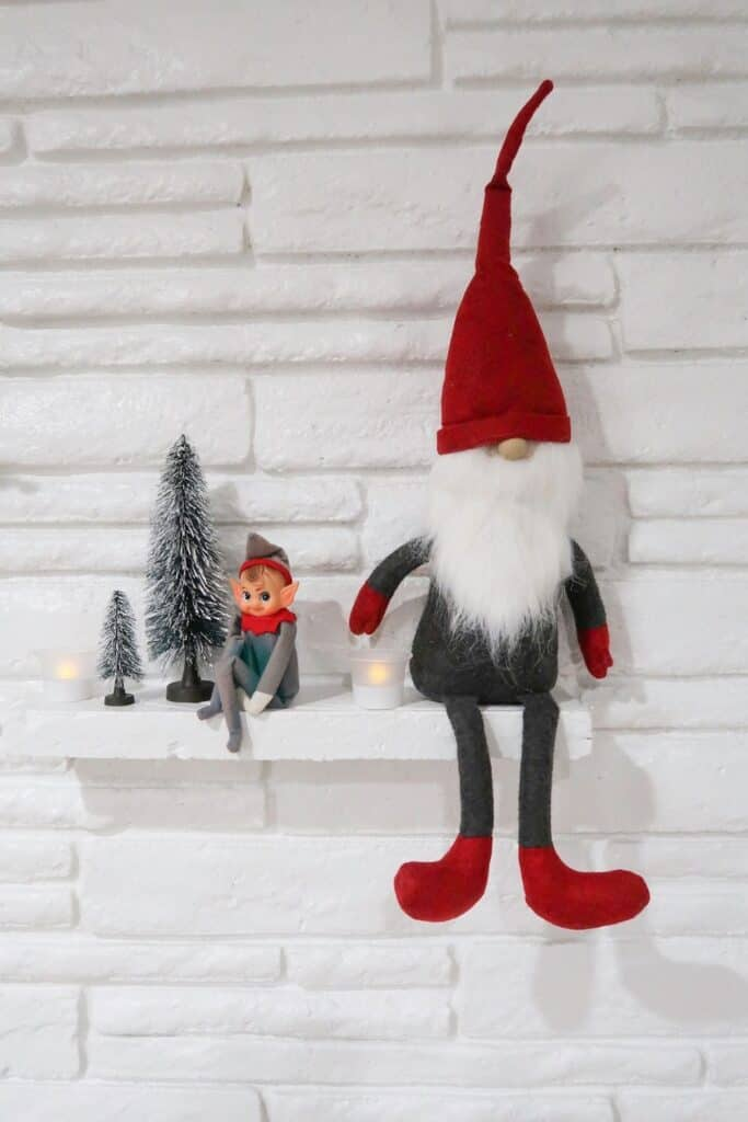 minimal elf of shelf