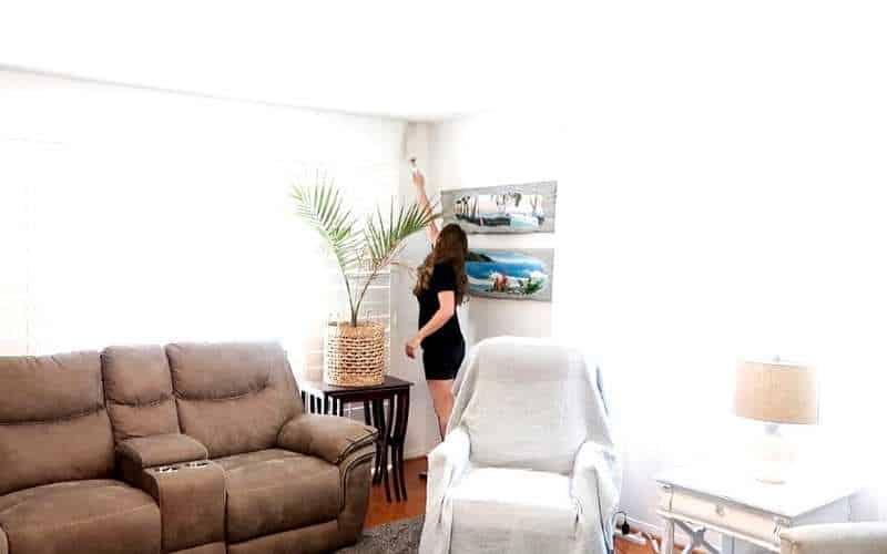 livingroom declutter